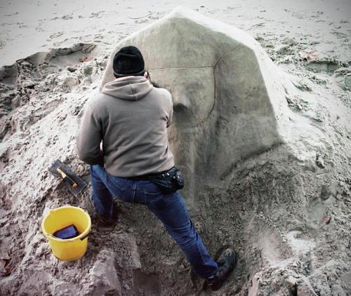 Sand Sculptor by fotologic